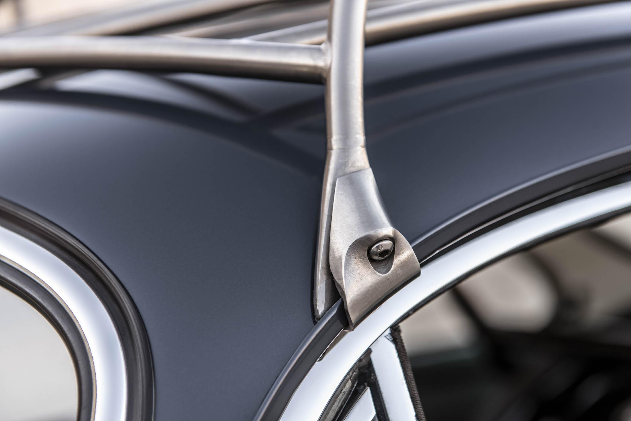 Emory Porsche 356 C4S Allrad roof mount