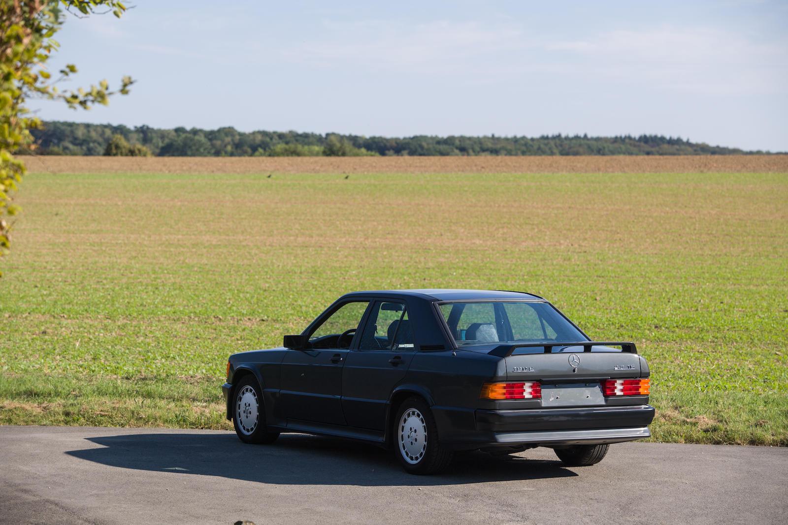1985 Mercedes-Benz 190E 2.3-16 Sports Saloon rear 3/4