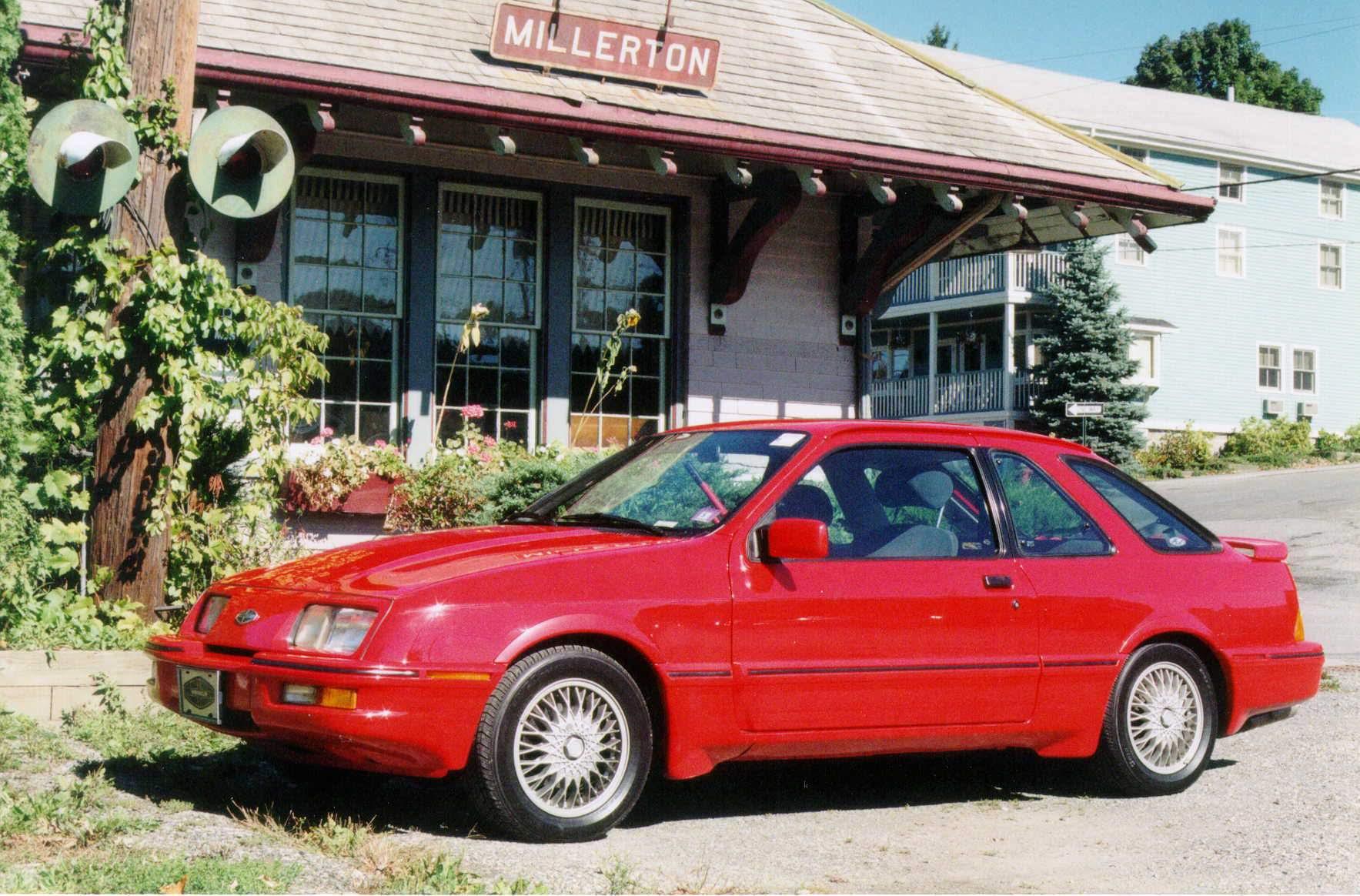 Paul West's 1989 Merkur XR4Ti