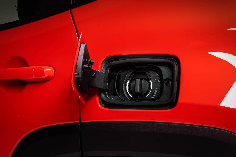Jeep Renegade Plug-in Hybrid plug