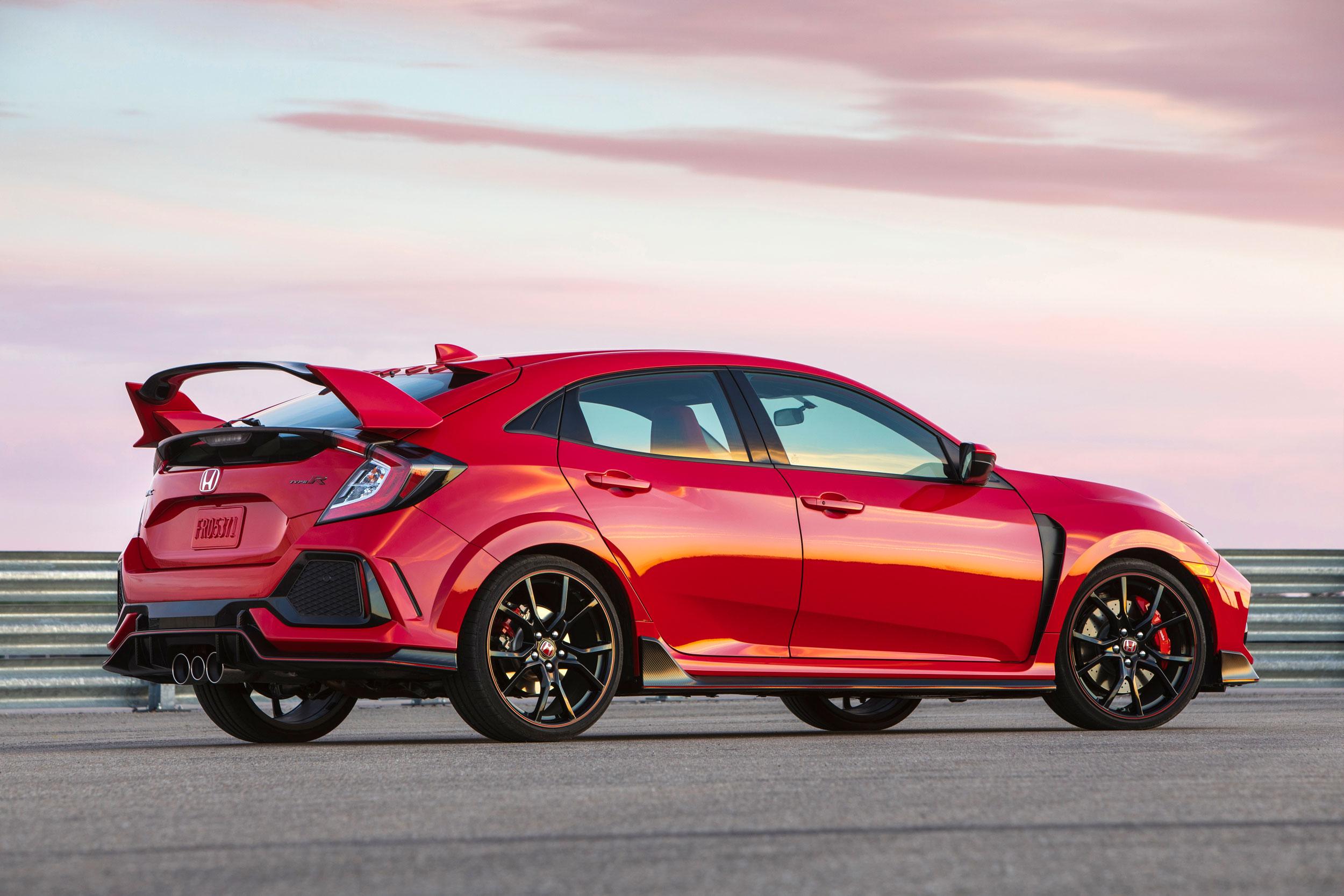 2019 Honda Civic Type-R rear 3/4