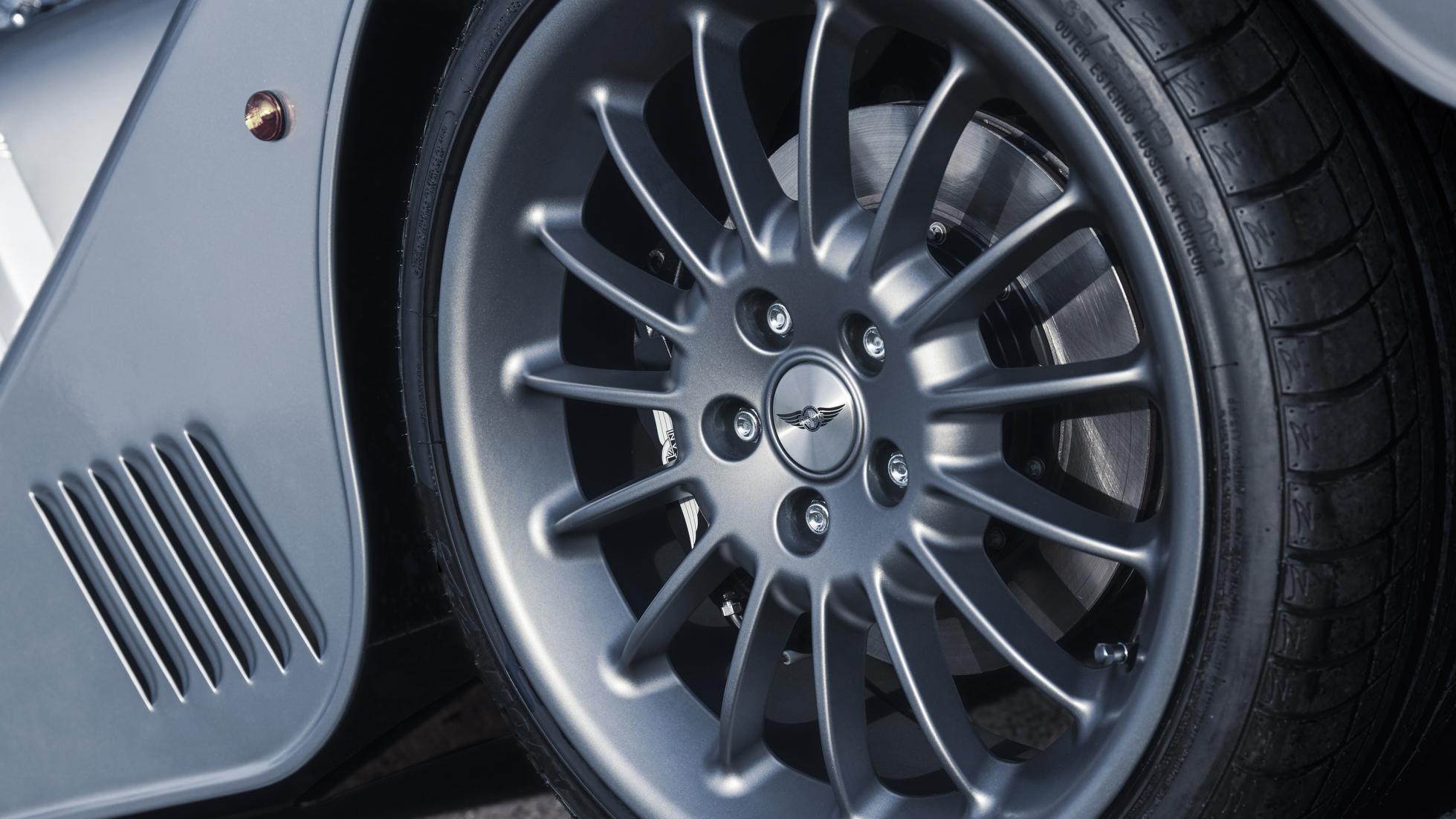 Morgan Plus Six wheel detail