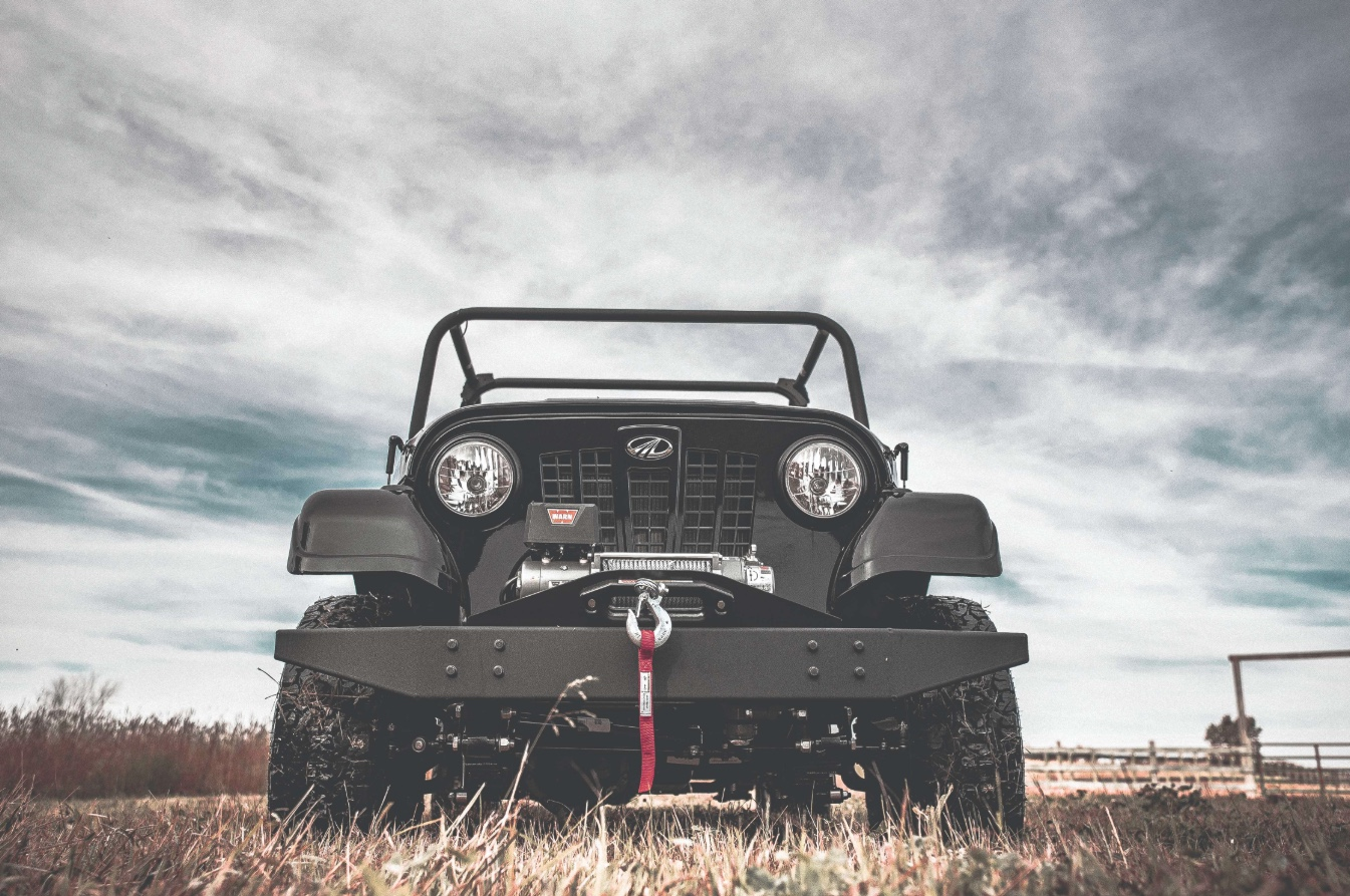 Mahindra Roxor low front grille