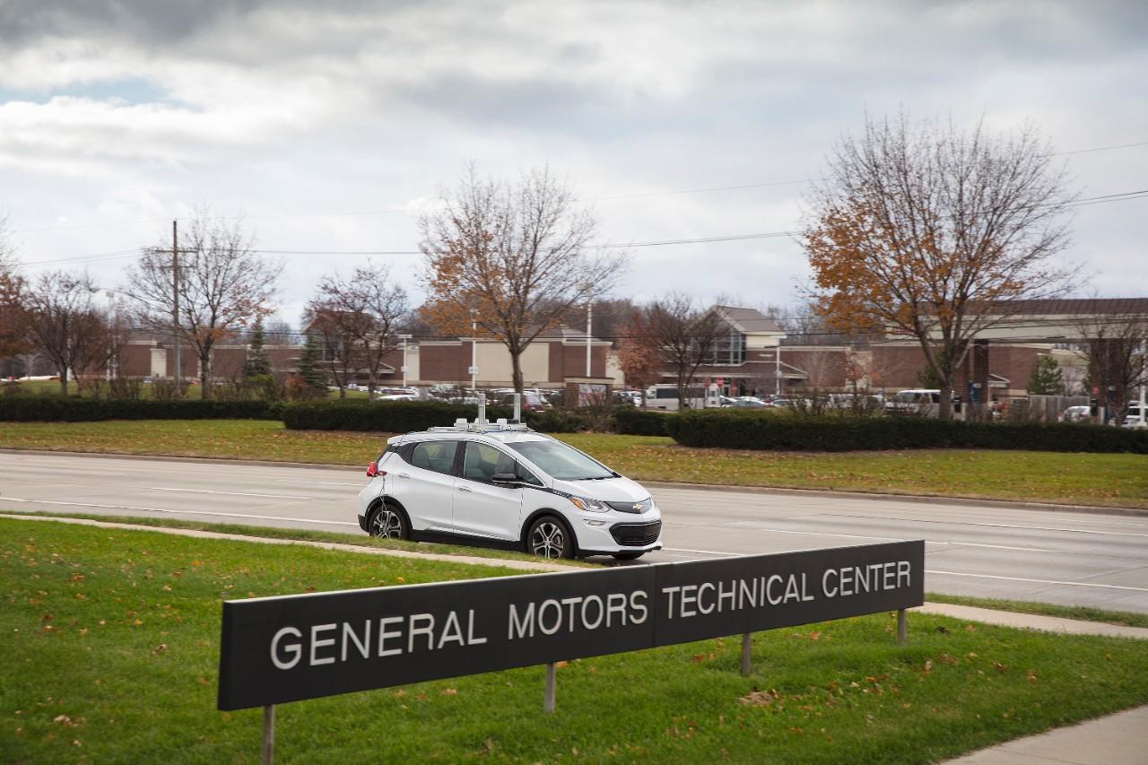 Chevrolet Bolt EV Autonomous front 3/4