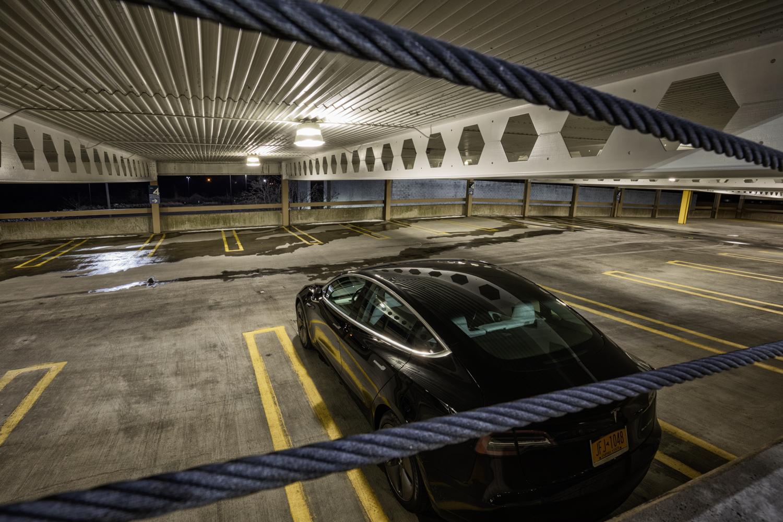 Tesla Model 3 AWD rear 3/4 parking deck