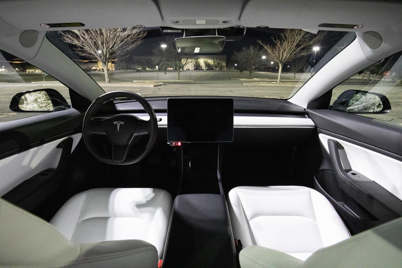 Tesla Model 3 AWD interior