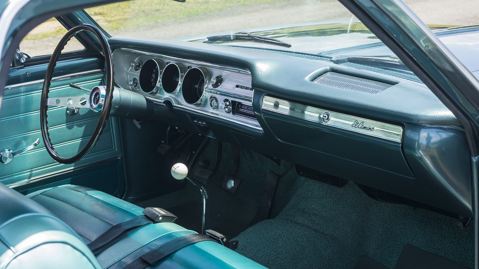 1965 Chevrolet El Camino interior passenger