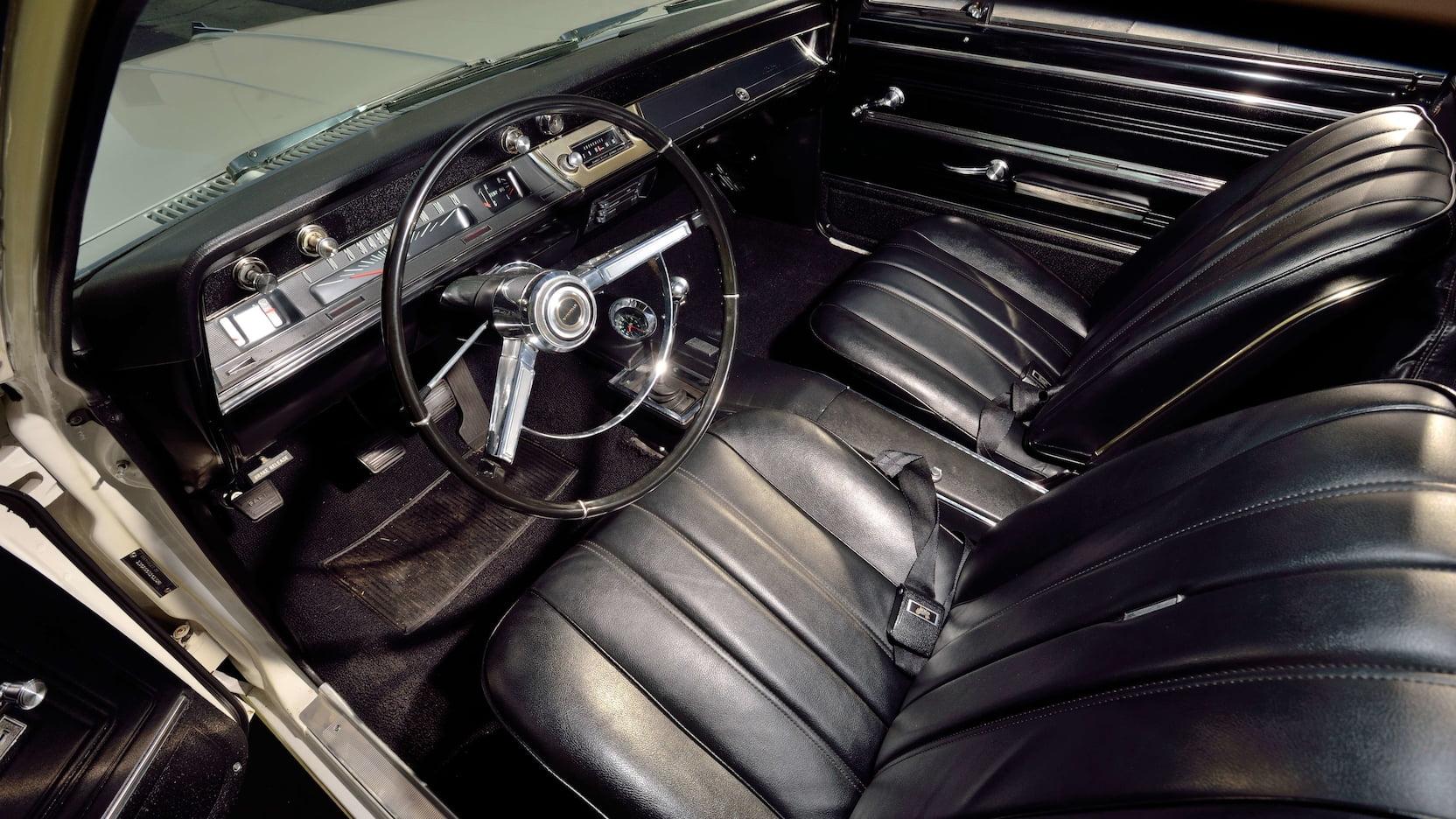 1966 Chevrolet El Camino interior