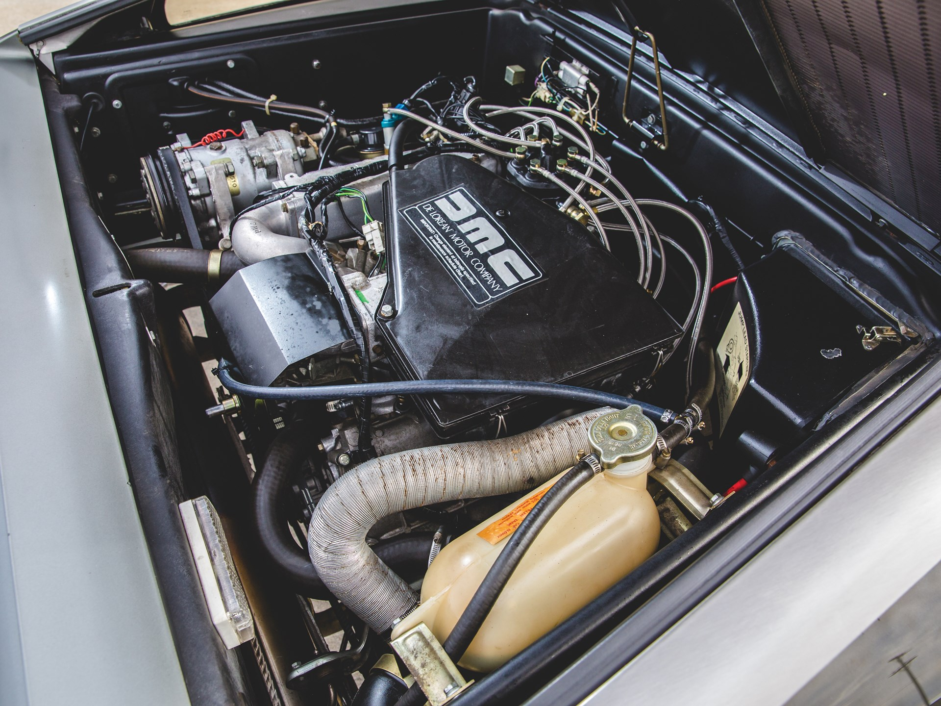 1981 DeLorean DMC-12 engine passenger