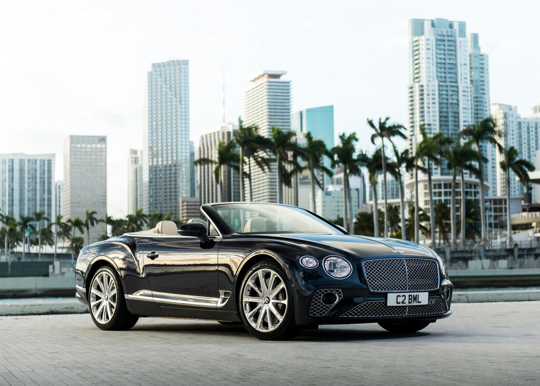 2020 Bentley Continental GT V8 3/4 front view convert