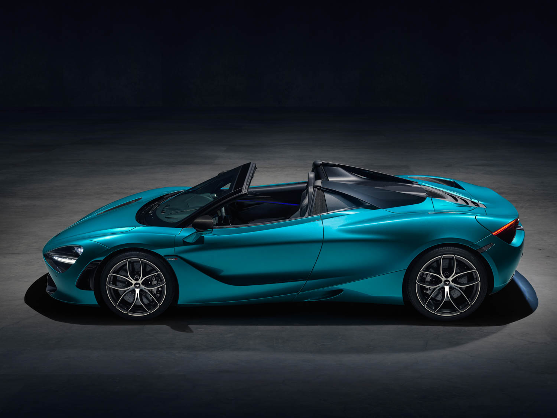 McLaren 720S Spider side profile