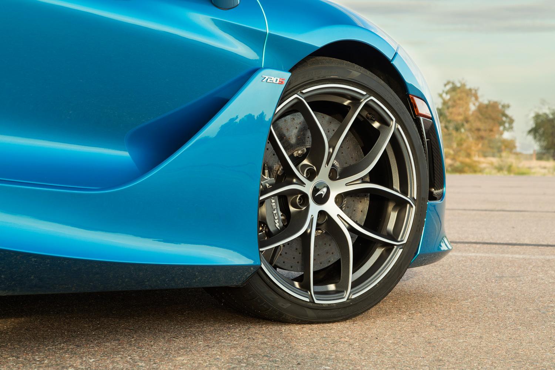 McLaren 720S Spider wheel detail
