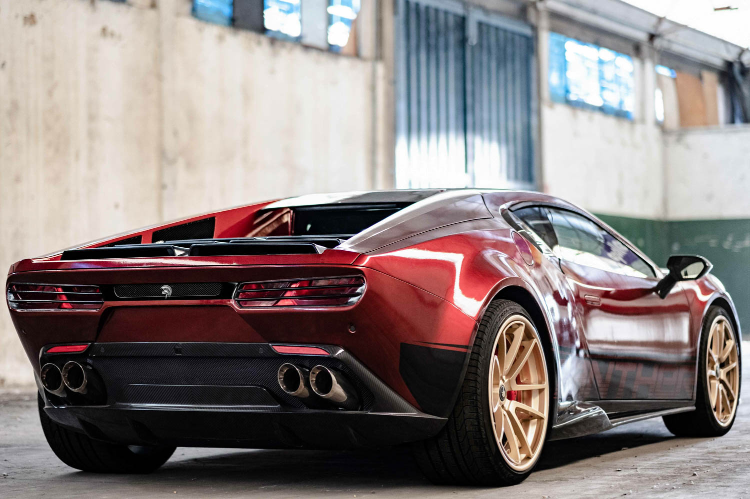 Ares Design Panther ProgettoUno rear 3/4