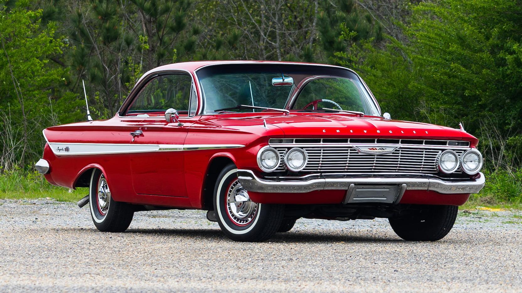 1961 Chevrolet Impala SS front 3/4