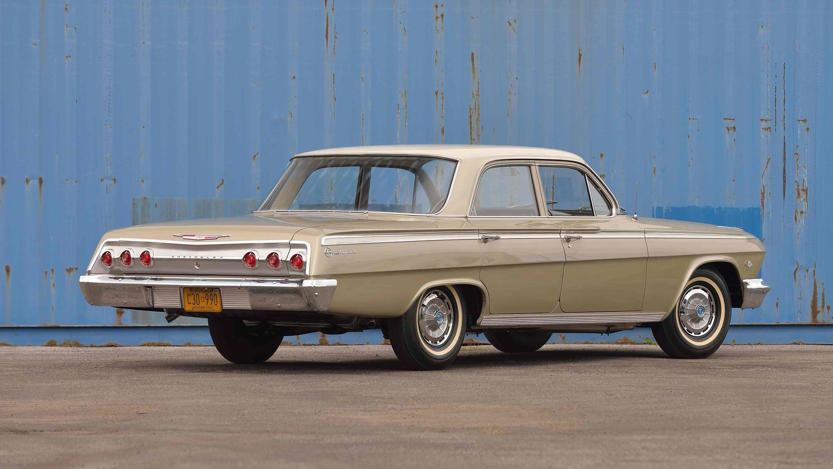 1962 Chevrolet Impala rear 3/4