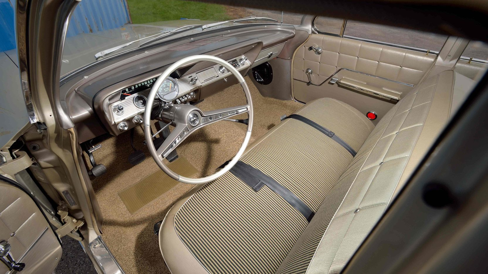 1962 Chevrolet Impala interior