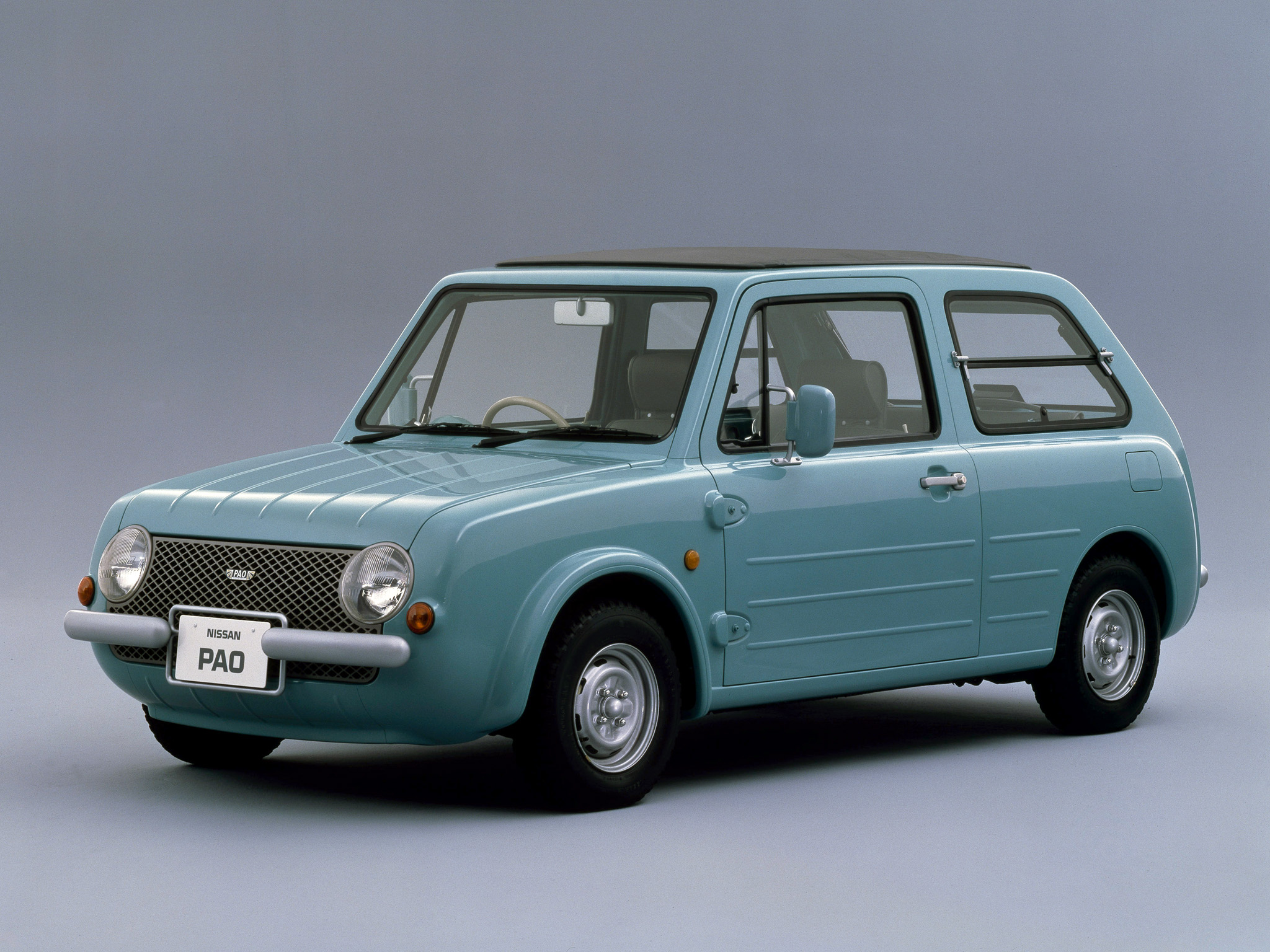Nissan Pao front 3/4