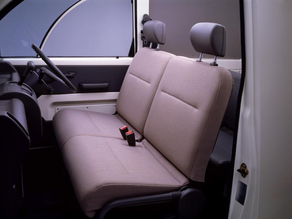 Nissan S Cargo seat detail