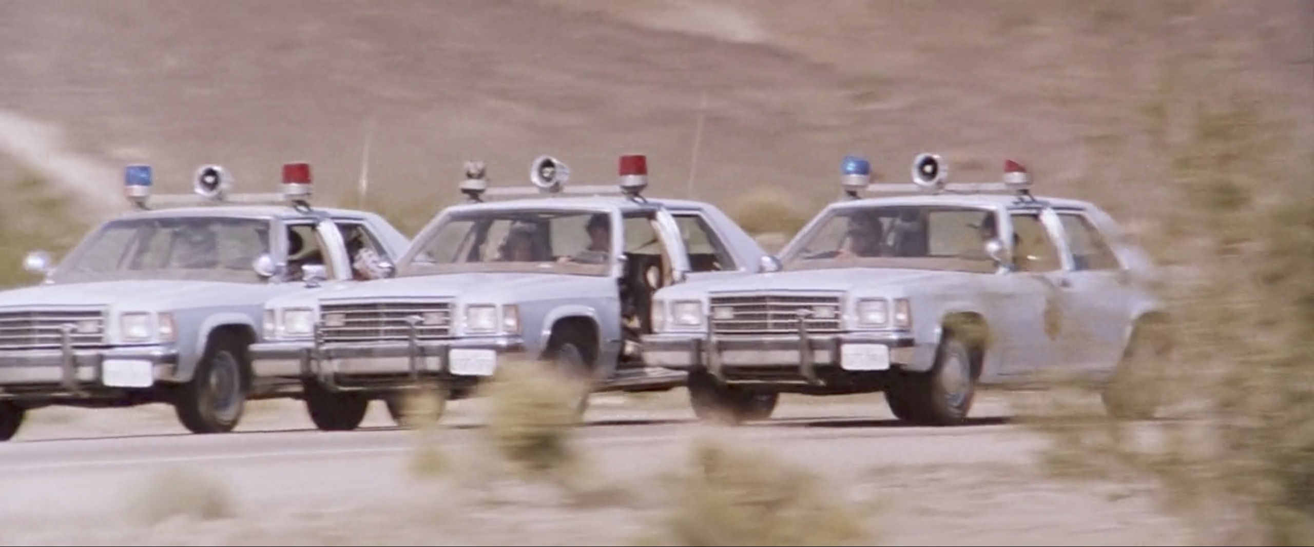 Hitcher cops three wide chase