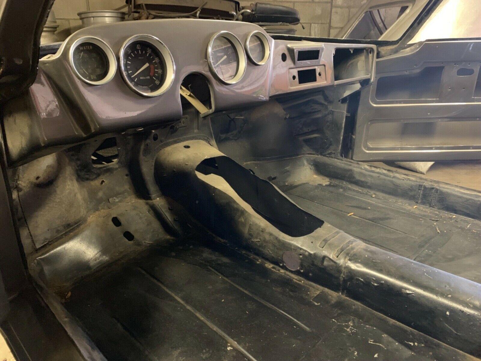project 1966 Ghia 1500 gt interior