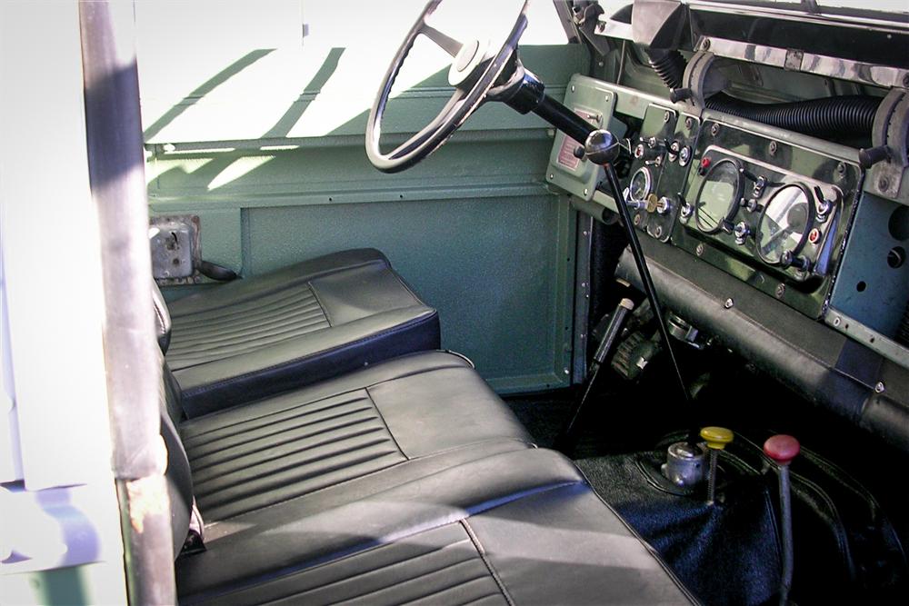 1971 Land Rover Series IIA interior