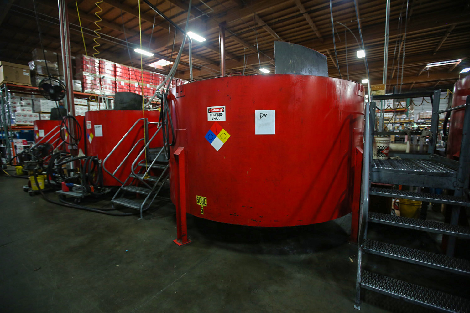 Red line synthetic oil tanks