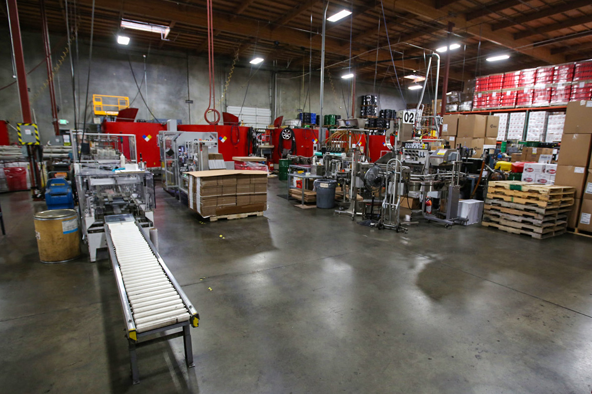 Red Line synthetic oil packaging plant