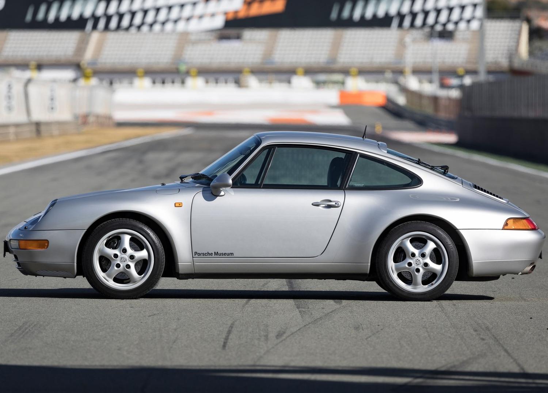 1997 Porsche 911 Carrera side