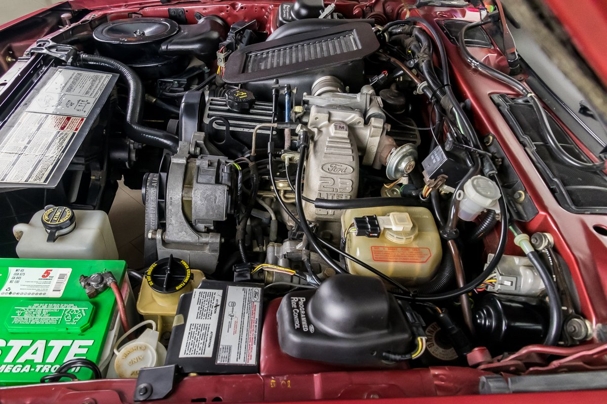1987 Ford Thunderbird Turbo Coupe engine 2.3 logo inline 4