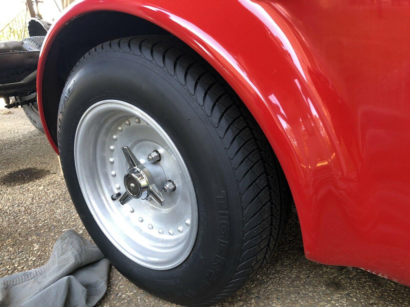1962 Austin Healey 3000 wheel detail