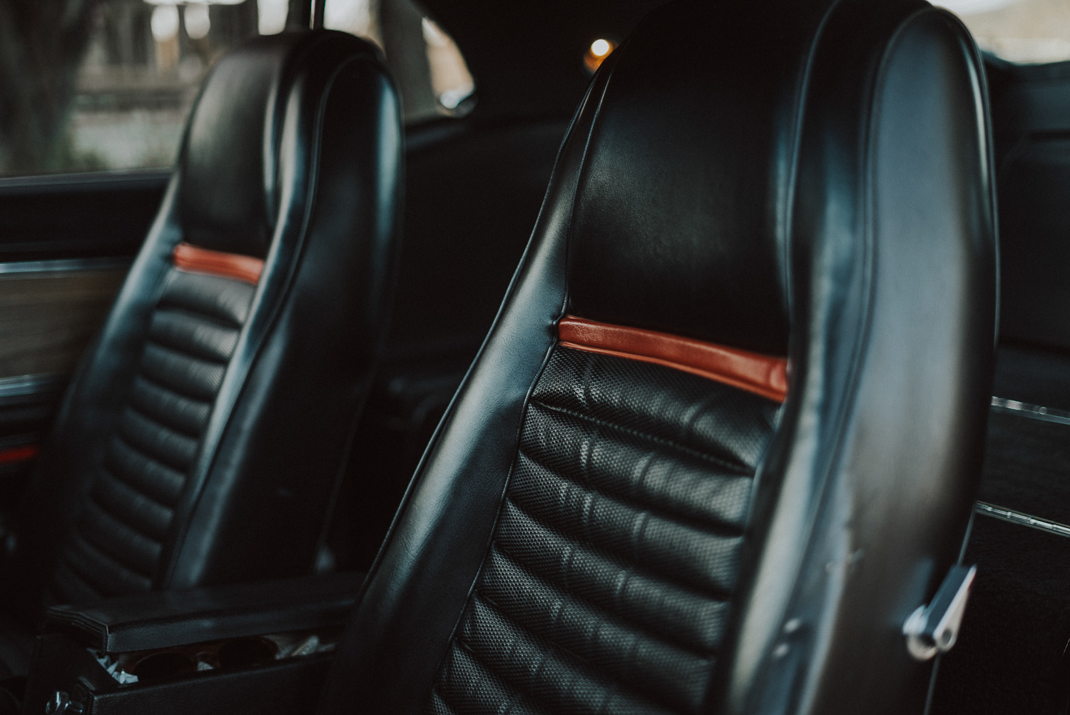 1969 Ford Mustang Mach 1 seats