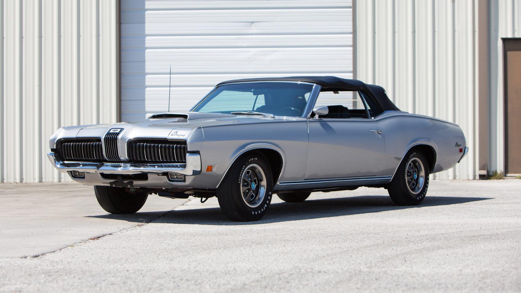 1970 Mercury Cougar XR-7 3/4 front