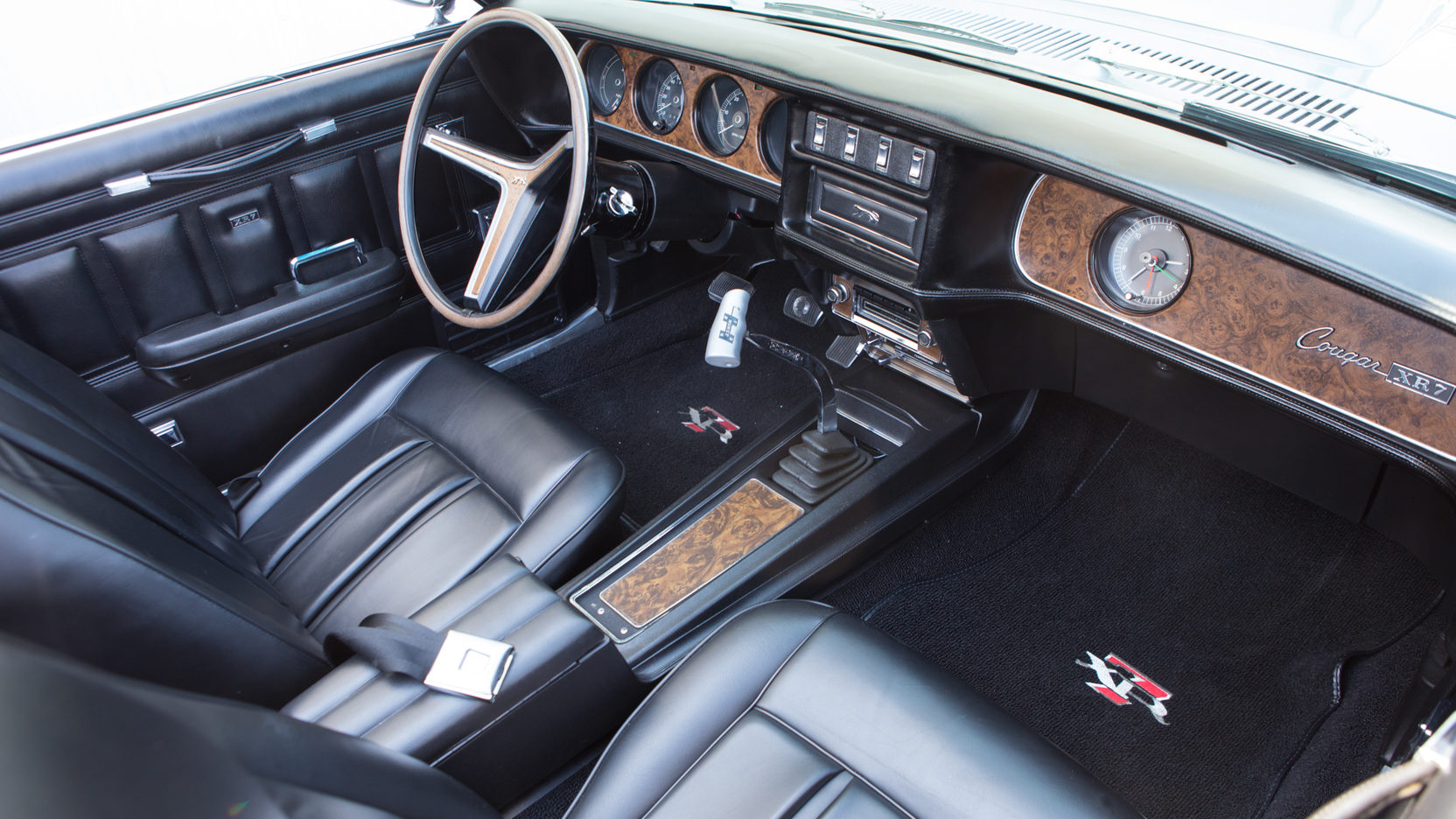 1970 Mercury Cougar XR-7 interior hurst shifter
