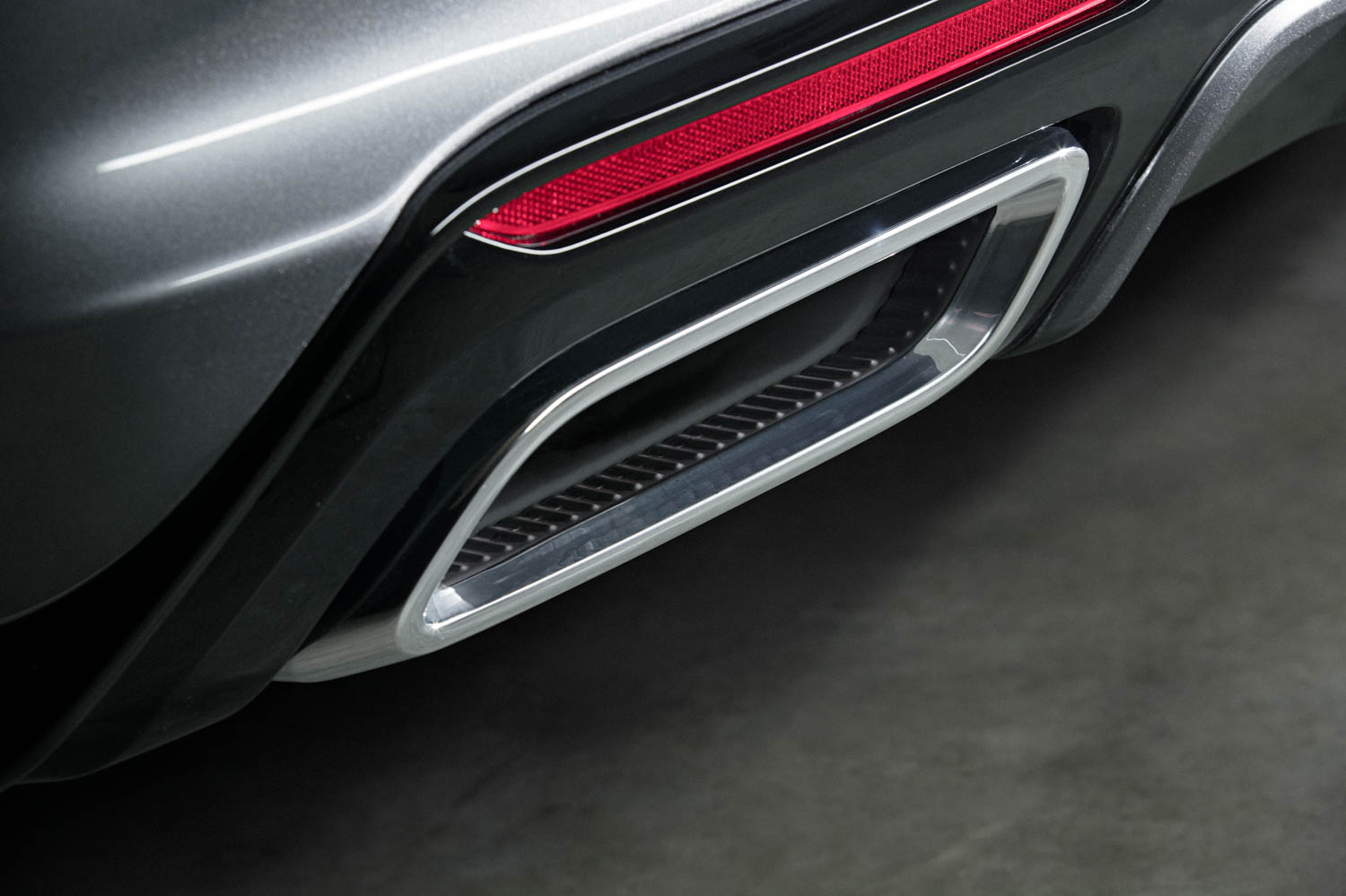 Cadillac CT5 exhaust