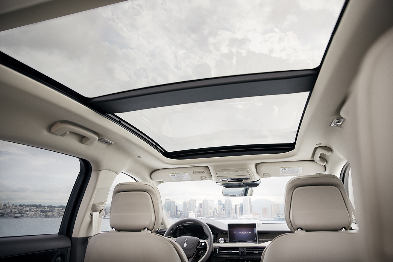 2020 Lincoln Corsair interior glass roof