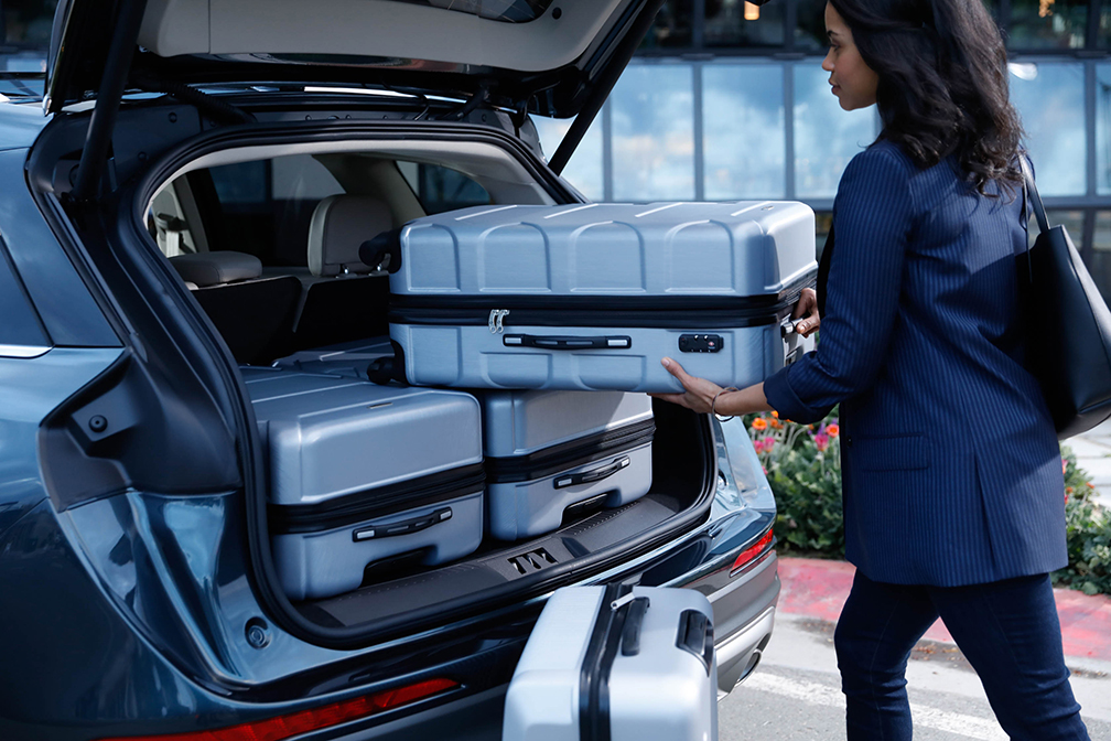 2020 Lincoln Corsair trunk luggage