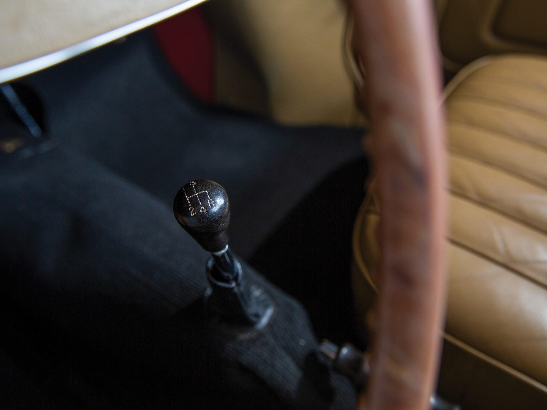 1952 MG TD shifter