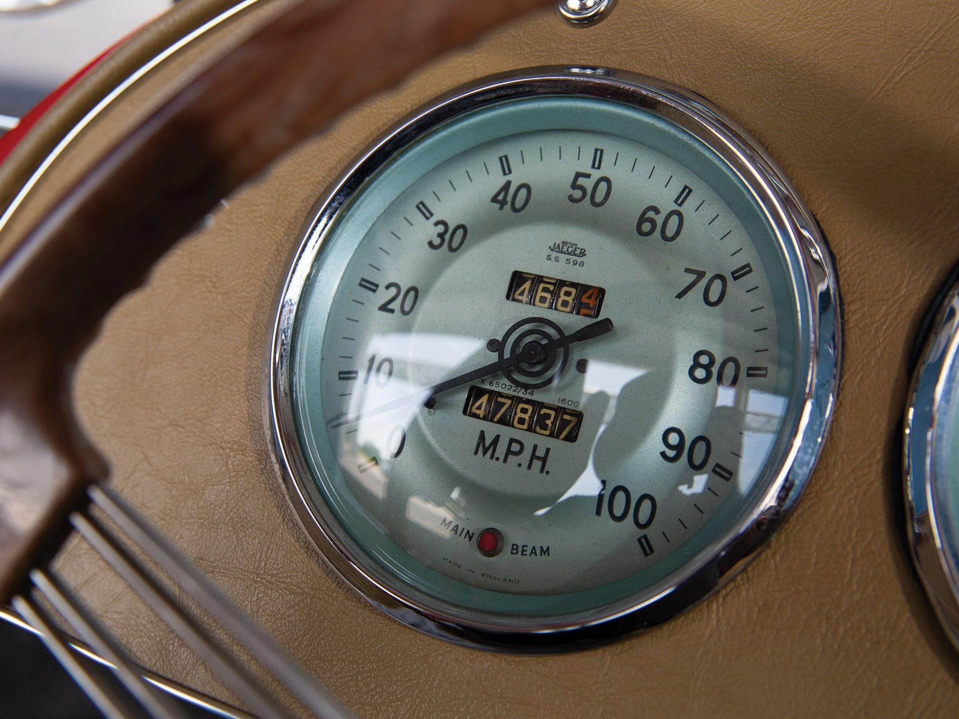 1952 MG TD smiths gauge