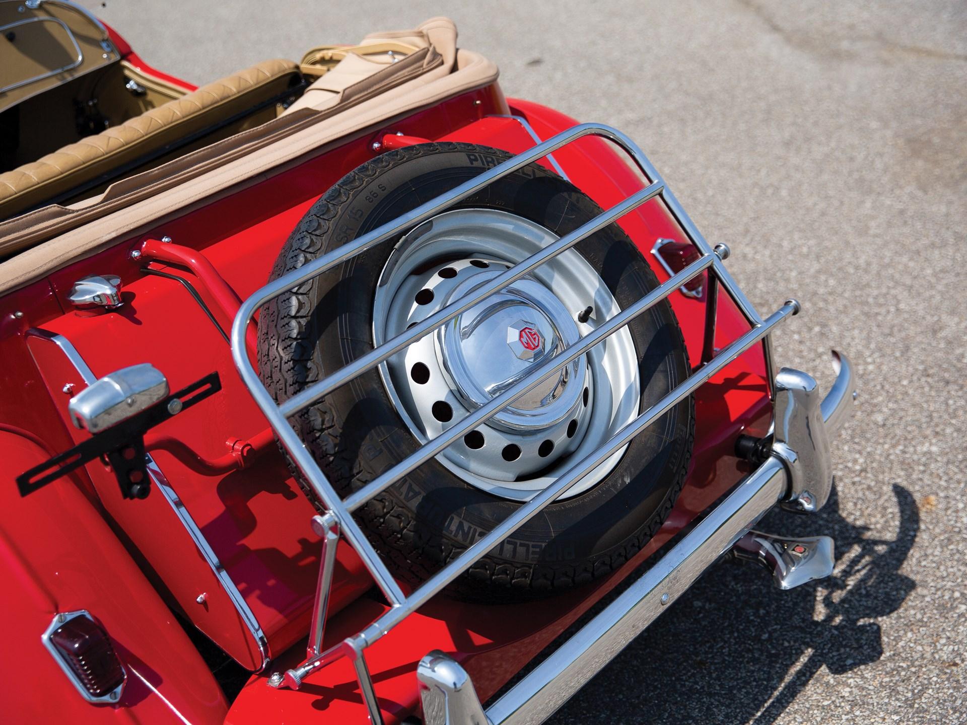 1952 MG TD rear tire spare