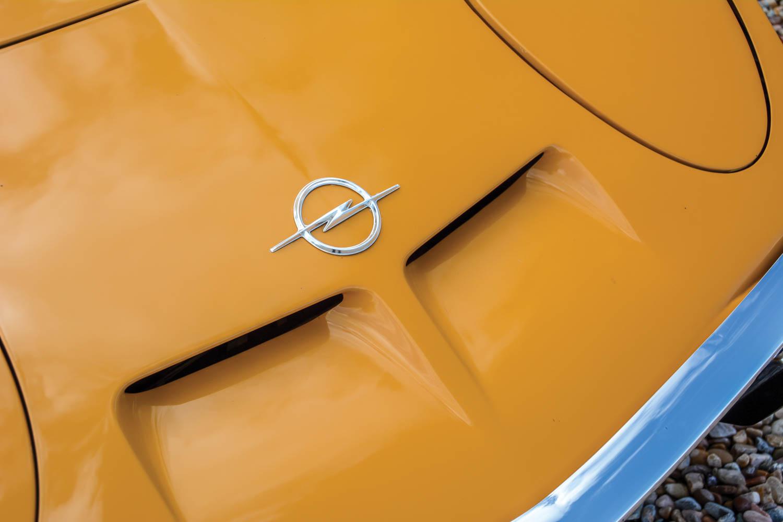 1971 Opel GT hood