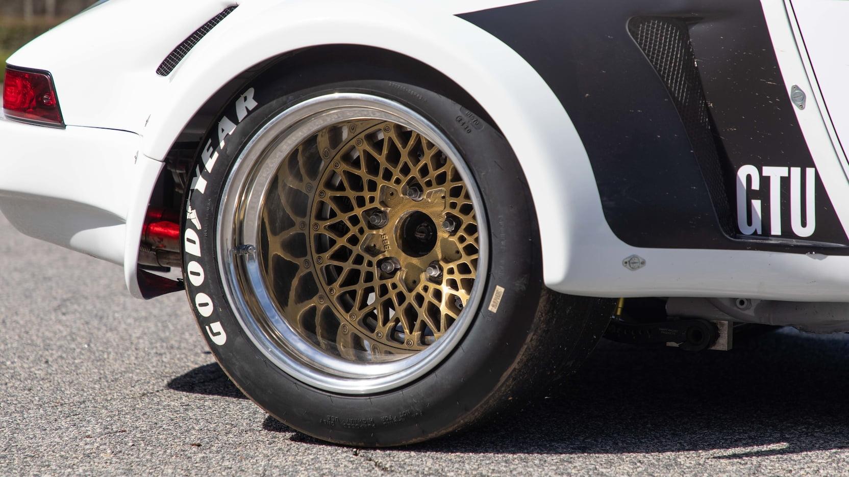 Paul Newman's 1974 Porsche 911S wheel detail