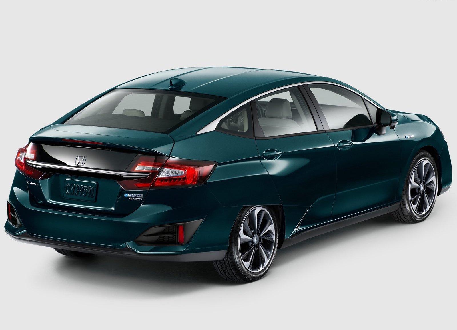 2018 Honda Clarity Plug In Hybrid 3/4 rear