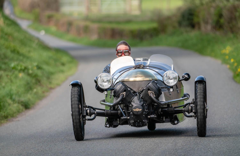 Pembleton V-Sport driving