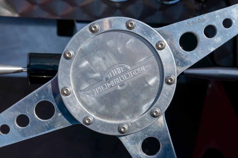 Pembleton V-Sport steering wheel detail