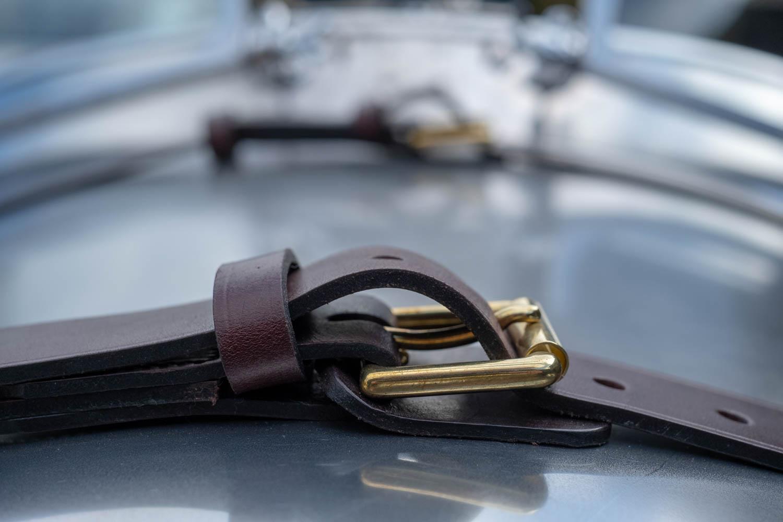 Pembleton V-Sport leather hood straps