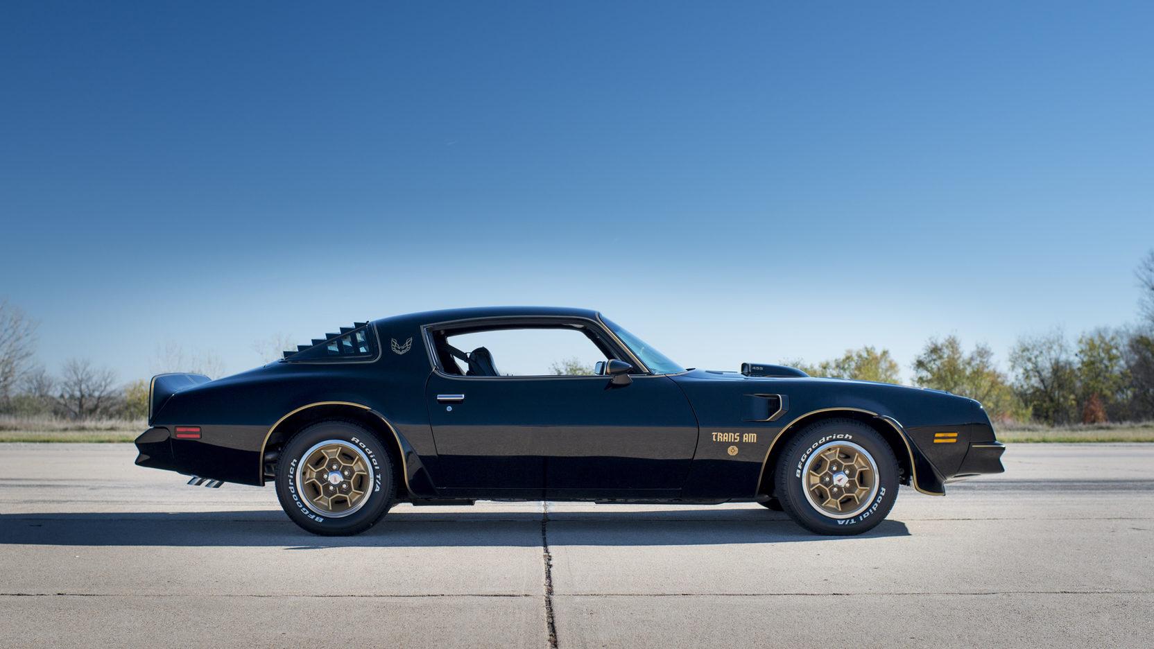 1976 Pontiac Firebird Trans Am honeycomb wheels