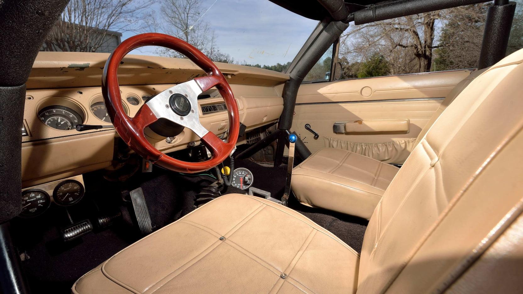 1969 Dodge Charger General Lee Stunt Car interior