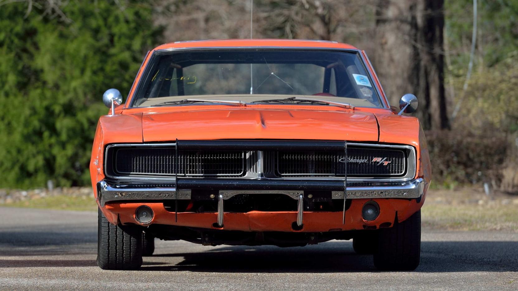 1969 Dodge Charger General Lee Stunt Car front