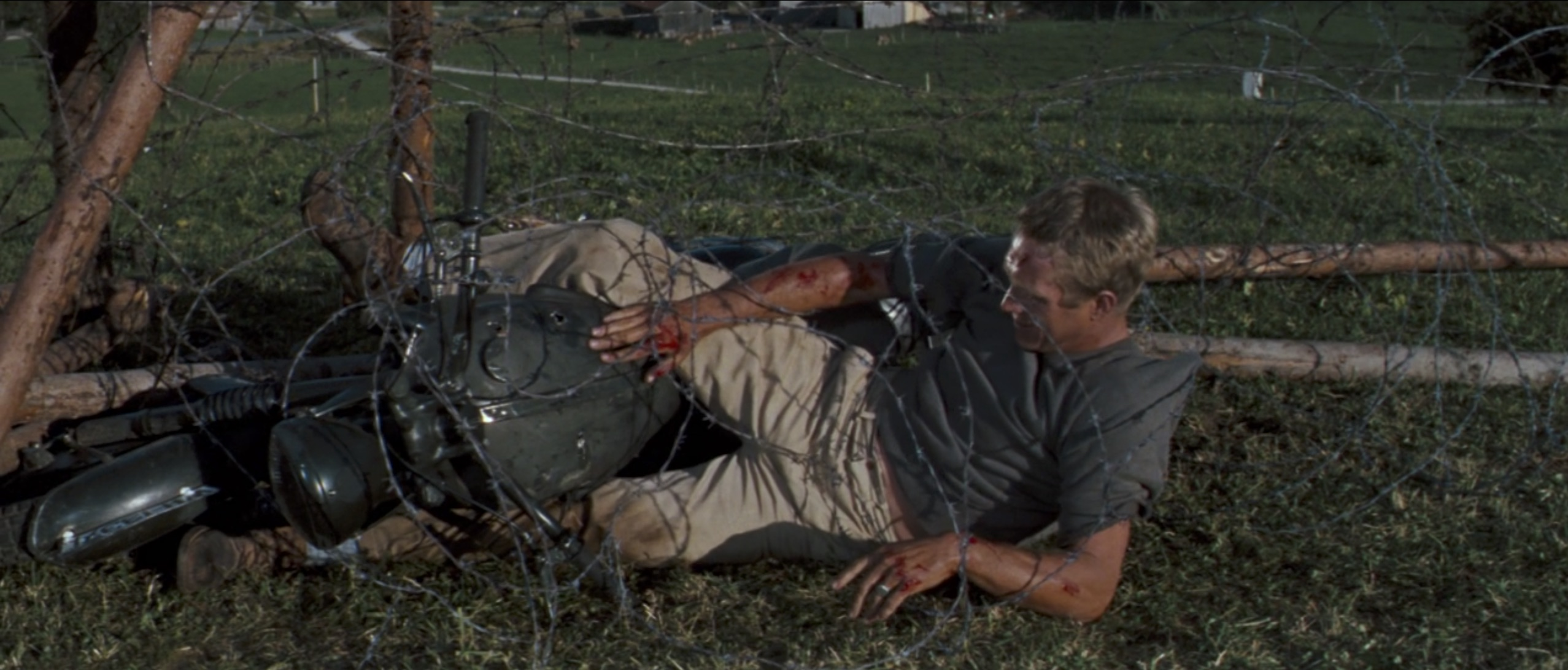 The Great Escape steve mcqueen barbed wire