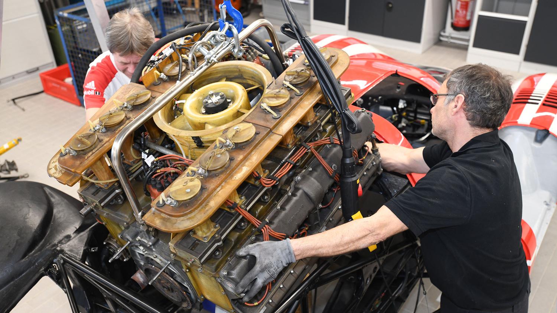Porsche 917 engine